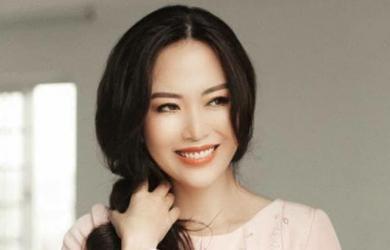 Facebook Hoa hậu Nguyễn Thu Thủy cập nhật tin mới và chia sẻ về điều cố Hoa hậu muốn làm vào năm 2021